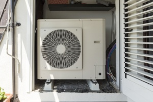 Home in florida that doesn't need a heat pump because of warmer climate