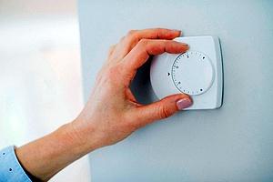 Hand testing AC knob